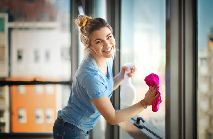 Tvätta och torka fönster